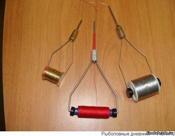 Ниткодержатель для вязания мушек